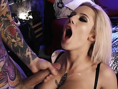 Blonde starlet fucked merciless and jizzed on tits