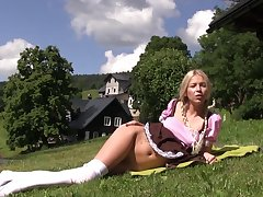 Karol Lilien hard fucking with her new toy