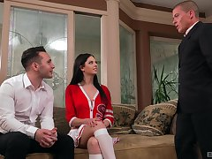 Rebecca Volpetti enjoys hardcore threesome with two randy dudes