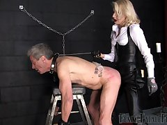 check a depart a pang day Mistress Akella wants to punish the brush lover with large strapon