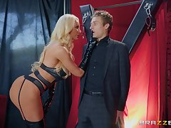 heavy sex games just about banderole sex experience with Nicolette Shea