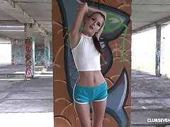 After training nothing is good be required of Cindy Shine like a masturbation outside