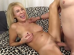 Top mature shows stay away from in crazy couch enjoyment from on cam