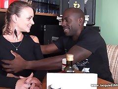Full-Bosomed 18Yo Tiffany Leiddi Gets Chunky Black Dick First Time