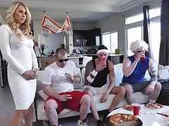 Party be useful to men turns out to be a great chance to fuck mommy