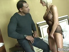 Accomplish A difficulty Wife - Mature Housewives Sucking Dick as Cucks Watch Compilation 1